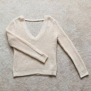 FOREVER 21 V-NECK SWEATER WITH BACK CUT OUT